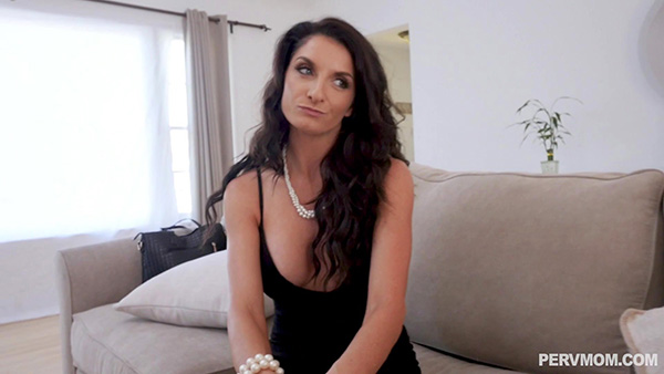 [PervMom] Silvia Saige – Mommy's Breakup Cure is Cock Riding [1080p]